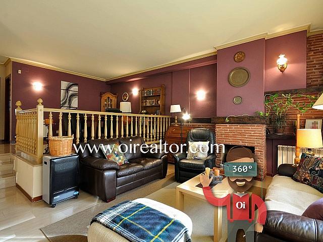 Fantástica casa pareada en venta en Castelldefels