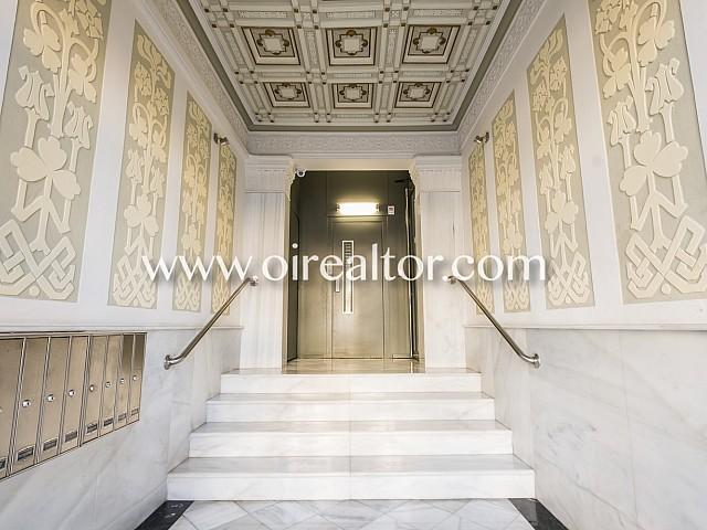 Soleado piso en venta para reformar en Eixample Izquierdo, Barcelona