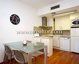 Precioso piso en venta con licencia turística en el Eixample Derecho, Barcelona