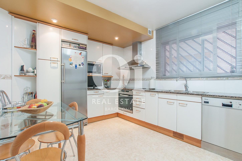 Cocina de casa en venta en Montgat, Maresme, Barcelona