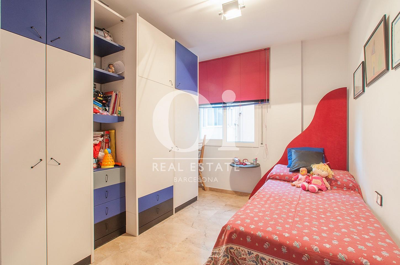 Habitación simple de casa en venta en Montgat, Maresme, Barcelona