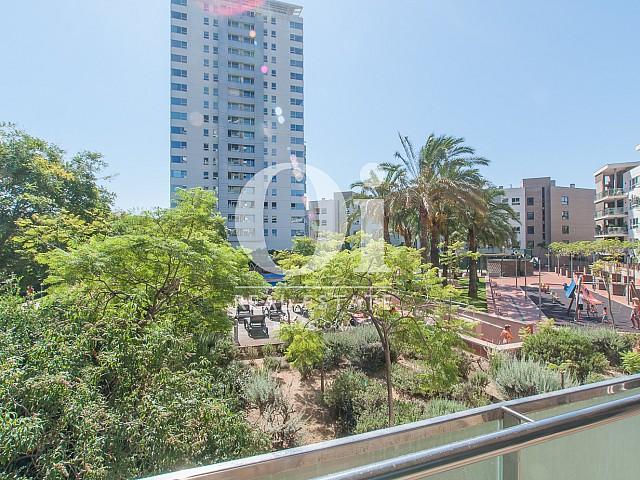 Vistas a la ciudad en piso en venta en Barcelona, Diagonal Mar