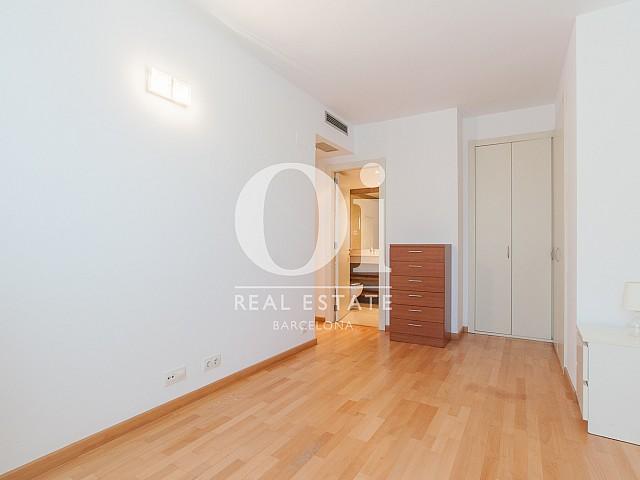vista de habitación en piso en venta en Barcelona, DIagonal Mar