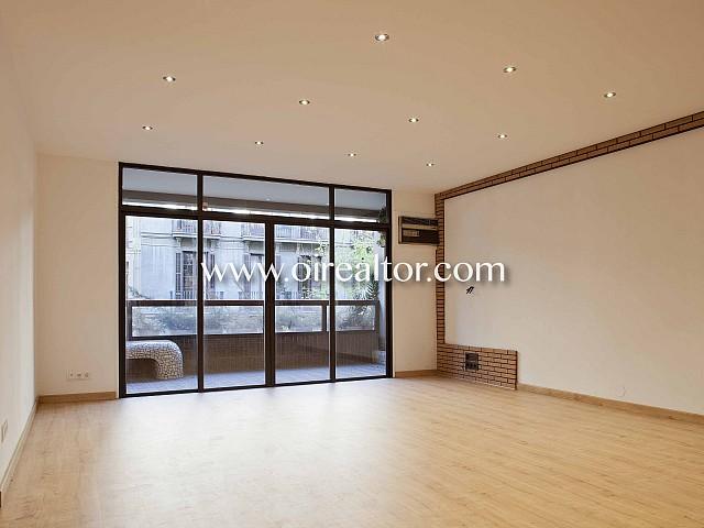 Excelente piso en venta en finca diseñada por prestigioso arquitecto en Eixample Esquerra