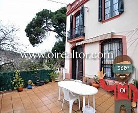 Продается трехэтажный дом в Сант Андреу де Льаванерес