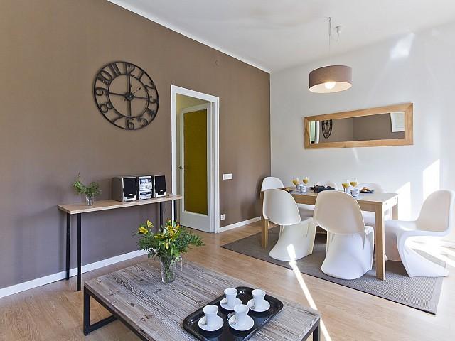 гостиная столовая в квартире в аренду в барселоне