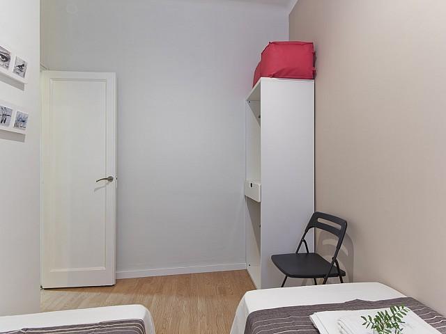 Jolie pièce dans un appartement de rêve à louer à Poble Sec