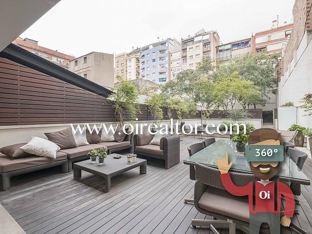 Dúplex en venta con  terraza en zona Sagrada Familia