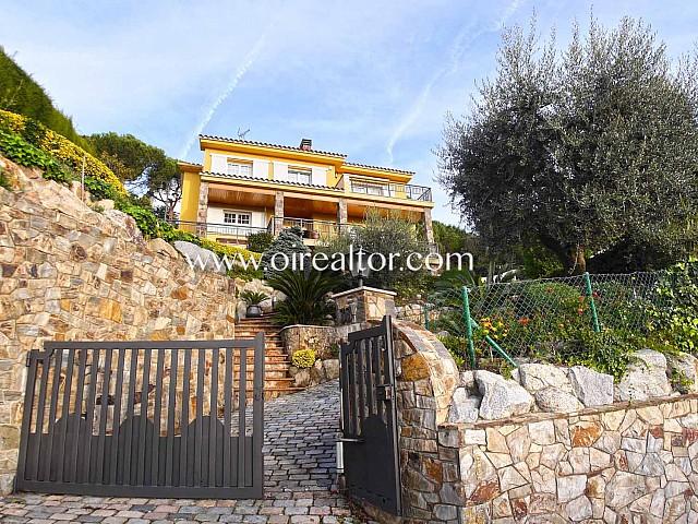 Casa en venta a cuatro vientos en zona la Llobera en Cabrils, Maresme