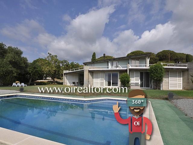Casa en venta con parcela de 2,2 hectáreas en Mataró, Maresme