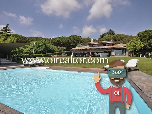 Beautiful house for sale with extraordinary garden in Cabrera de Mar, Maresme