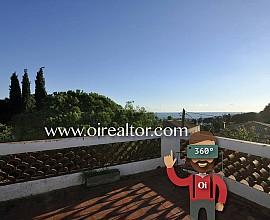 Sonniges Haus, das renoviert werden muss, zum Verkauf in Premià de Dalt, Maresme