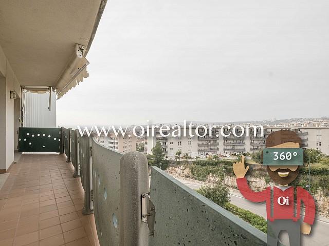 Продается солнечная квартира в Ситжесе, Коста Гарраф