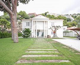 Spektakuläre Luxus-Villa zum Kauf in Sitges