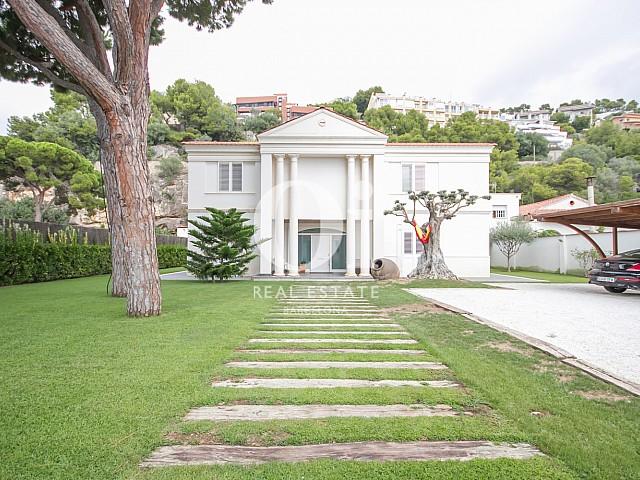 Exterior de casa en venta en Sitges