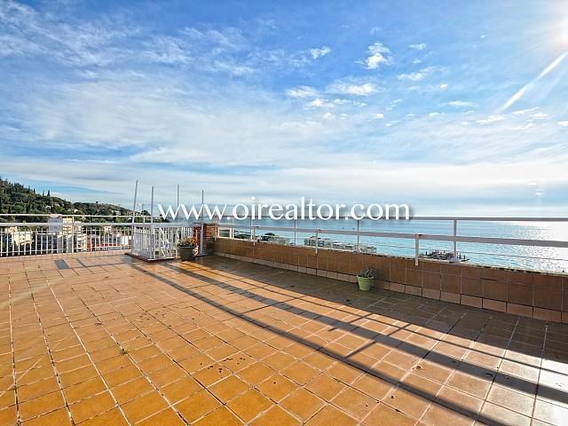 Ático en venta con vistas al mar en Sant Vicenç de Montalt, Maresme