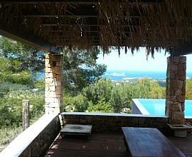 Magnífica villa con vistas al mar en San José, Ibiza, a la venta