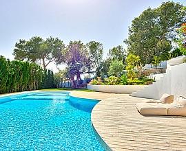 Fantástica villa con vistas al mar en Talamanca, Ibiza
