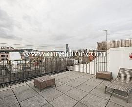 Penthouse-Loft à rénover à vendre à Poble Nou, Barcelone