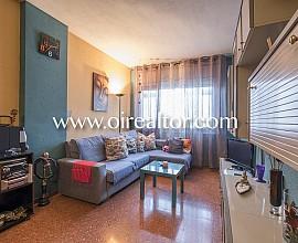 Продается уютная квартира в Саграда Фамилия, Барселона