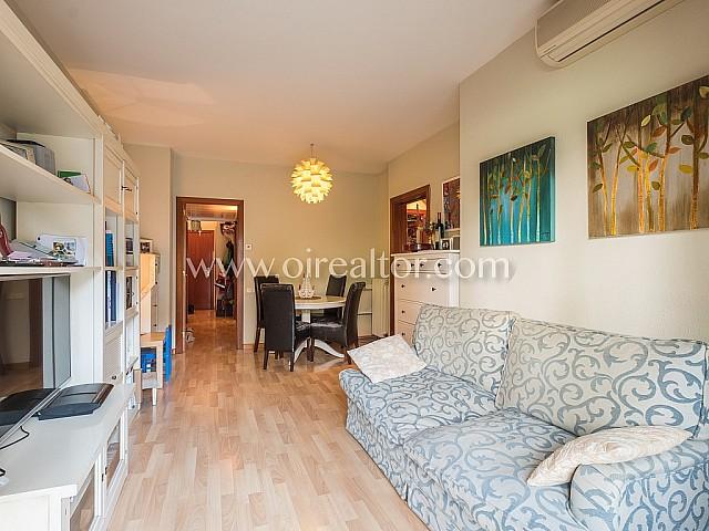Confortable pis en venda a Sagrada Família, perfecte per entrar a viure