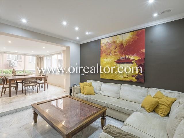 Magnífico piso con patio y vistas al Turó Park
