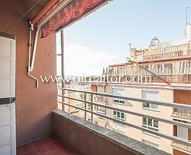 Piso en venta en la parte alta de Gracia junto al Campo del Europa