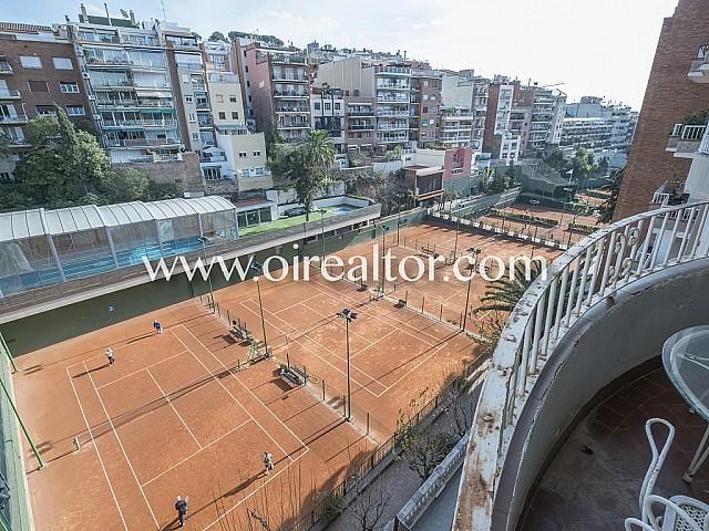 Penthouse à rénover à vendre dans le Putxet, Barcelone