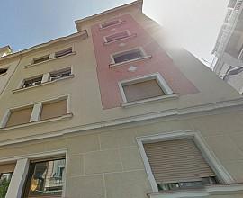Продается два здания в районе Грасия