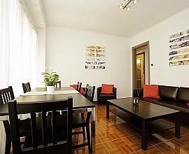 Grosses Apartment zum Verkauf bei Paseo Colón in Gótico, ideal für Investoren