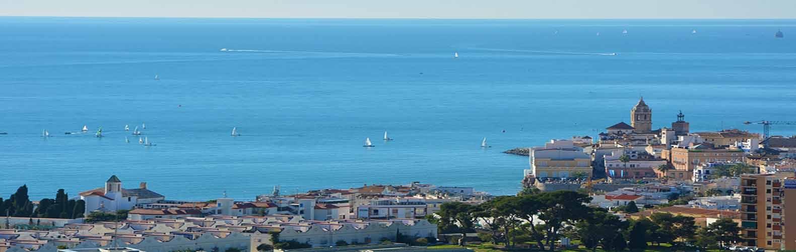 Comprar villa de lujo en urbanización levantina en Sitges